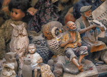 Puppen by Roland Bedernik