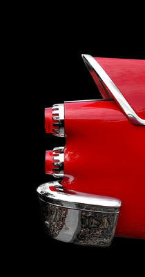 One Rear (red) by Beate Gube