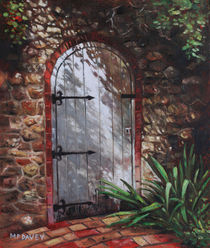 Painting-decorative-door-at-pecorama-gardens