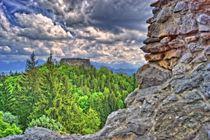Surreal Blick auf die Ruine Eisenberg von Stephan Gehrlein