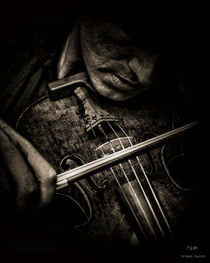 THE FIDDLER by Pedro L. Gili