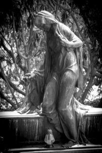 Die Trauernde by Dennis Stracke