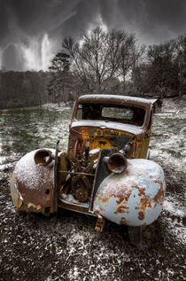Old-truck-in-the-smokies