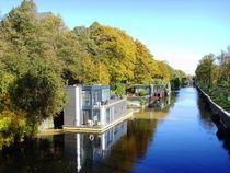 Herbststimmung mit Hausbooten by minnewater