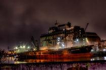Frachter am Getreidesilo von wunschbase-photography