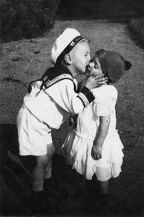 Little Kisses von crazyneopop