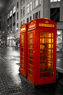 London phone boxes by tfotodesign