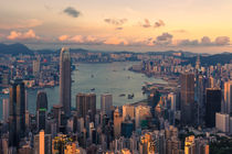 Hong Kong 19 by Tom Uhlenberg