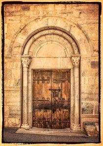 Kirchenportal by Uwe Karmrodt