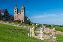 Abtei Hl. Hildegard mit Hildegards Visionen by Erhard Hess