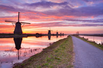 Dutch Windmills von Sara Winter