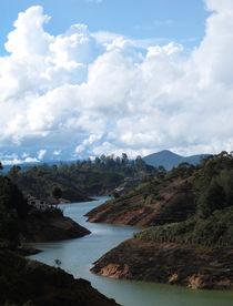 Flusswolken von reisemonster