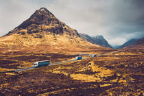 Highland Caravan von David Pinzer