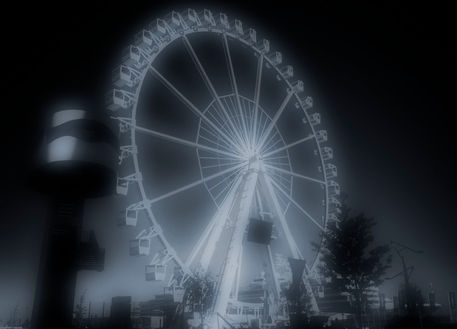 Ferris-wheel-in-hamburg