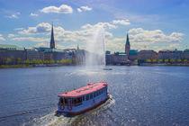 Alsterschipper auf der Binnenalster Hamburg von Dennis Stracke