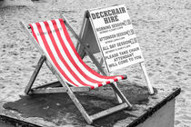 Deckchair hire by Ian Darby