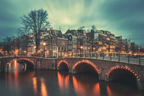 Amsterdam Blue Hour II von David Pinzer