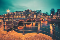 Amsterdam Blue Hour III von David Pinzer