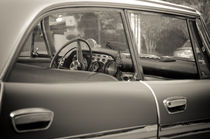 Faded 1959 Chrysler New Yorker by monkeycrisisonmars