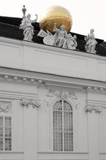 Goldkugel by Bastian  Kienitz