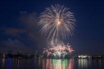 Hamburger Kirschblütenfest Feuerwerk 2014 von Dennis Stracke