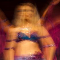 dance by studioflara