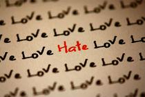 Love and Hate von Dennis Skley