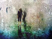 barefoot walking by ursfoto