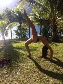 Girl, yogi at the beach by Ane Souza