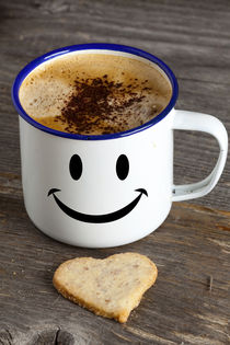 Kaffeebecher mit Smiley Gesicht by Thomas Klee