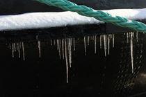 Eis am Brecher /Ice at the icebreaker von Kathy Lemburg
