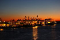 harbour romantic Hamburg by Kathy Lemburg