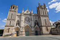 Cathedral St. Pierre by safaribears