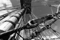 Looming mast on a tall ship - monochrome von Intensivelight Panorama-Edition
