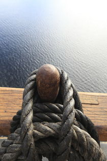Belaying pin on a tall ship and calm blue sea by Intensivelight Panorama-Edition