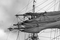 Sailor in the rigging - monochrome von Intensivelight Panorama-Edition