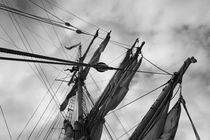 Rigging of a brig - monochrome von Intensivelight Panorama-Edition