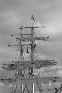 Masts of a brig von Intensivelight Panorama-Edition