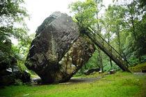 Lake-district-england-bowder-stone