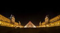 Musee du Louvre at night von Alessandro Carpentiero