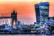 Tower Bridge and the Walkies Talkie von David Pyatt