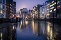 hamburg city by night by moxface