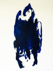 The dark blue woman von Gabi Hampe
