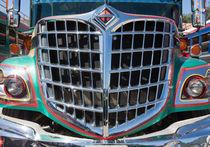 Guatemalan chicken bus 3 von studio-octavio