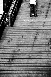 Eine Stufe nach der anderen. von Bastian  Kienitz