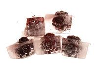 Eiskalte Brombeeren - Icecold blackberrys 2.1 by Marc Heiligenstein