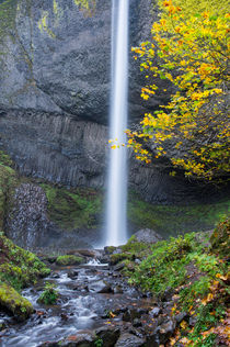 Columbia Gorge by Wolfgang Kaehler