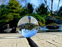 Glaskugel im Japangarten by Monika Haarpaintner