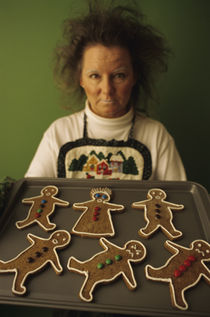 Hl02109-lady-mad-gingerbread
