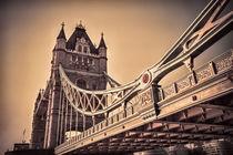 Tower Bridge, London by Graham Prentice